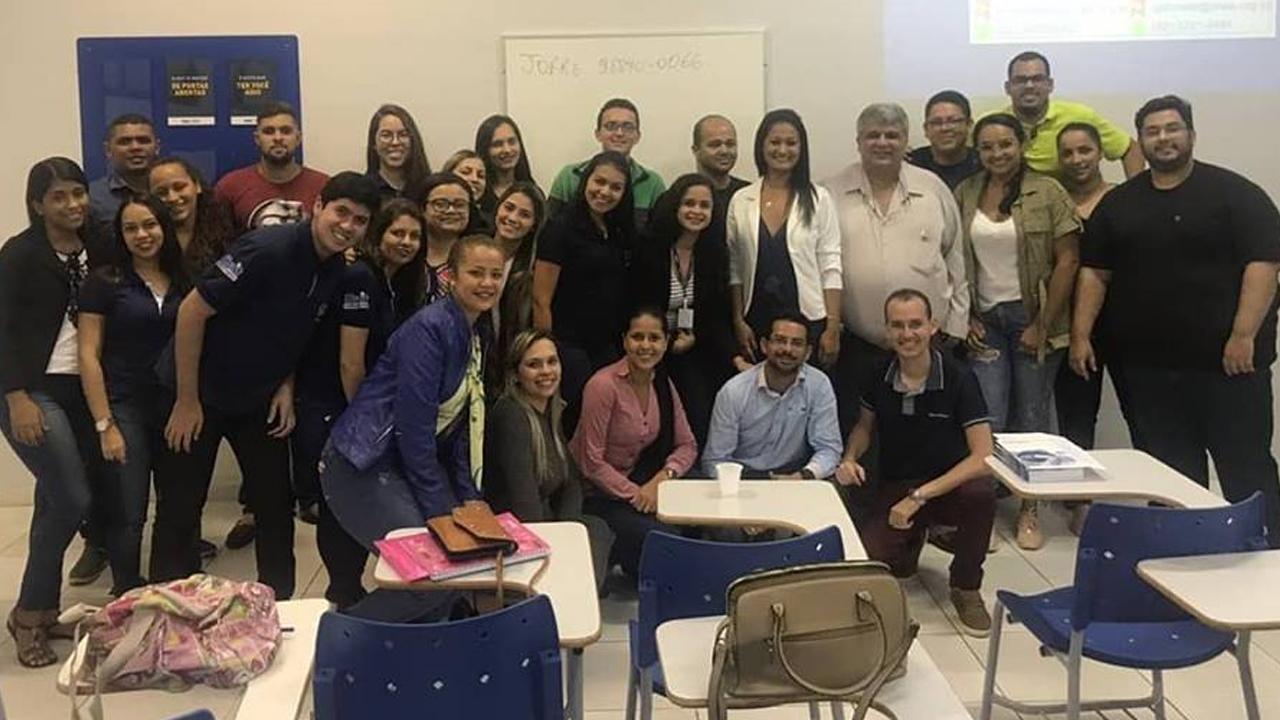 CRA vai às IES, a presidente do CRA-AL, ADM Jociara Correia